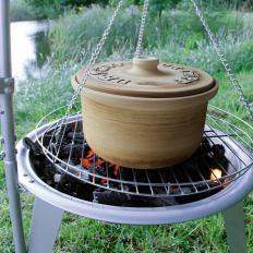 Cocotte ancienne classique en terre cuite