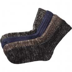 Chaussettes tricotées par 4