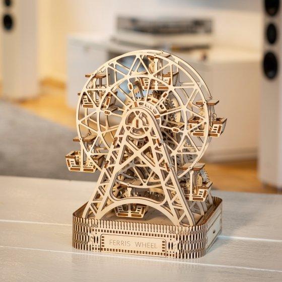 """Maquette en bois  """"grande roue cinétique"""""""