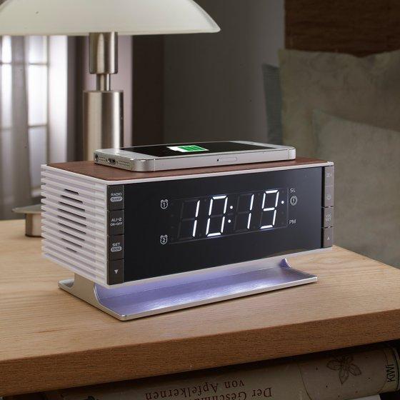 Radio-réveil avec station de recharge Qi