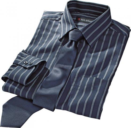 Duo chemise-cravate
