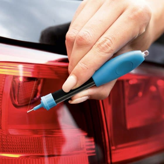 Stylo de réparation avec lampe UV