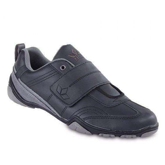 Chaussures à fermeture auto-agrippante