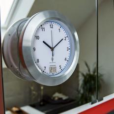 Horloge radiopilotée résistante à l'humidité-2