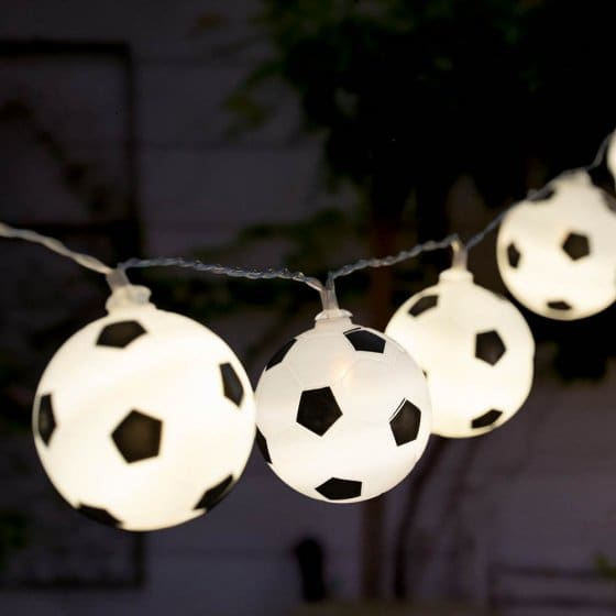 Guirlande lumineuse de ballons de foot