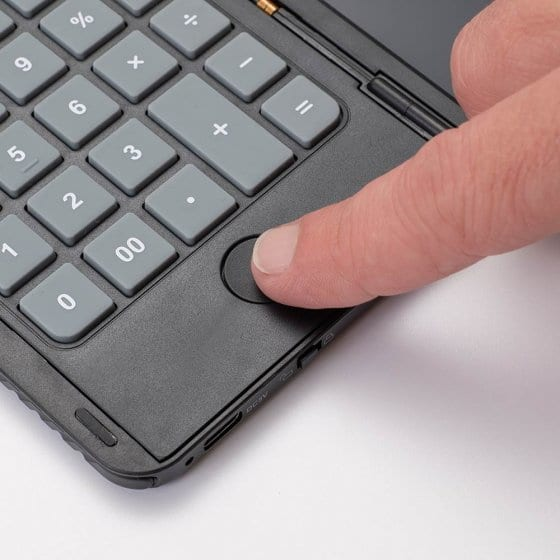 Tableau électronique avec calculatrice