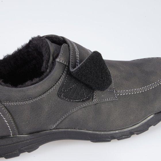 Chaussures doublées a fermeture scratch