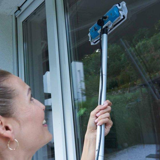 Lave-vitre électrique à vapeur